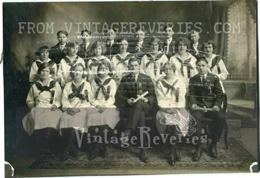 Turn of the century class photo