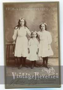 1890s sisters photo
