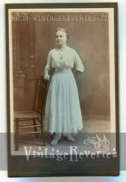 Edwardian era dress photograph