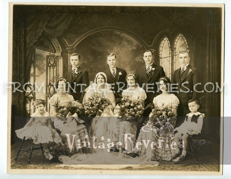 dating old wedding photos