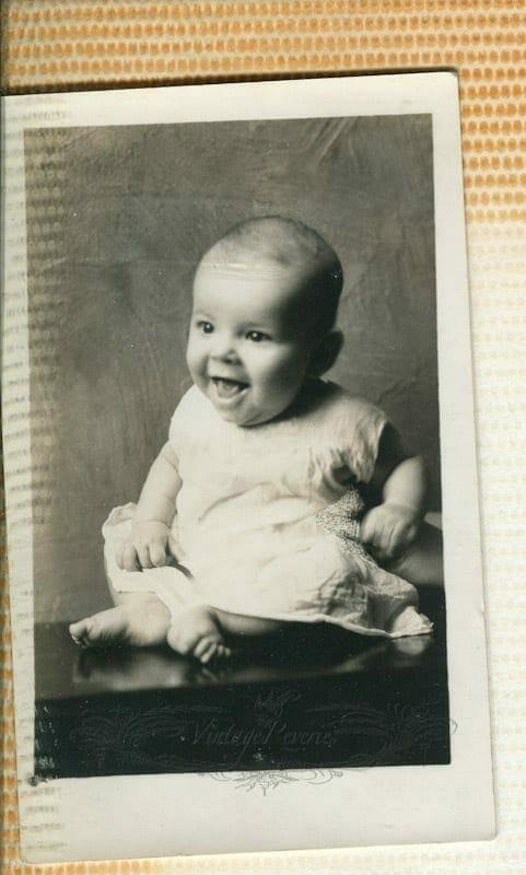 1930s happy baby pic