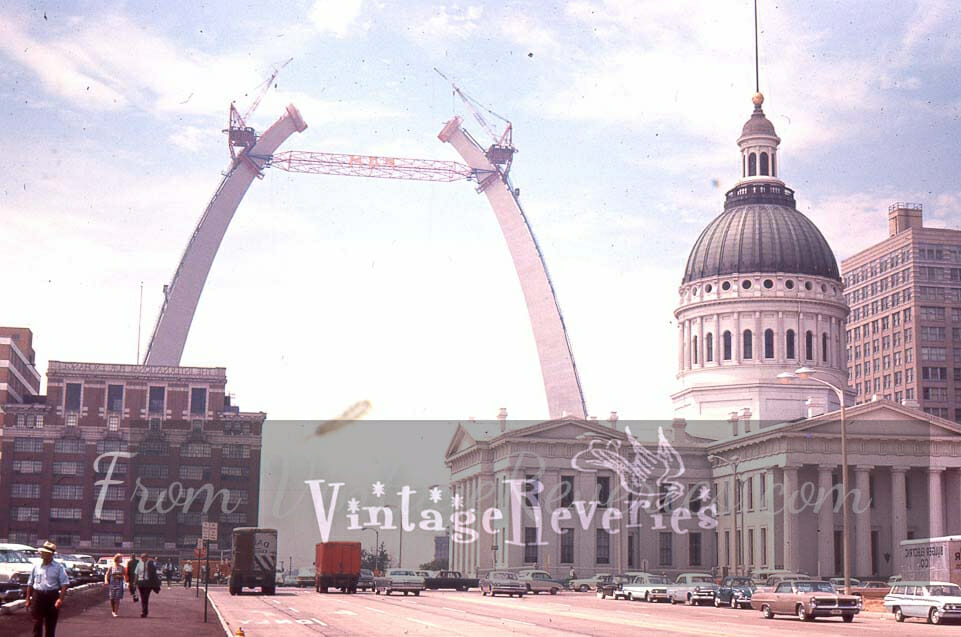 Pictures of the Gateway Arch under construction