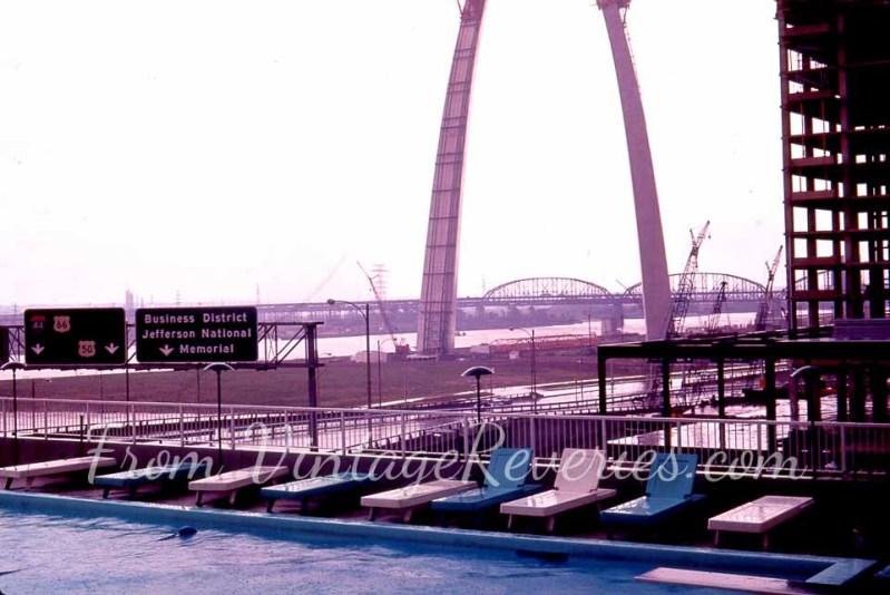 st louis gateway arch 1960s construction photo