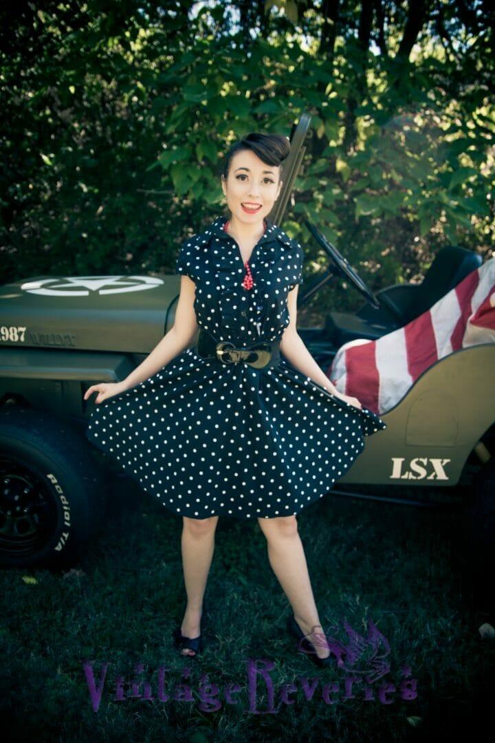 retro fashion stylist