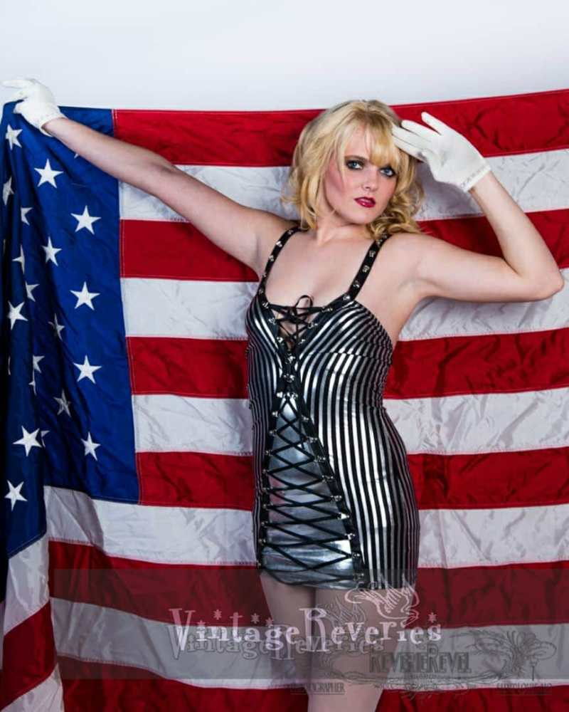 patriotic pinup
