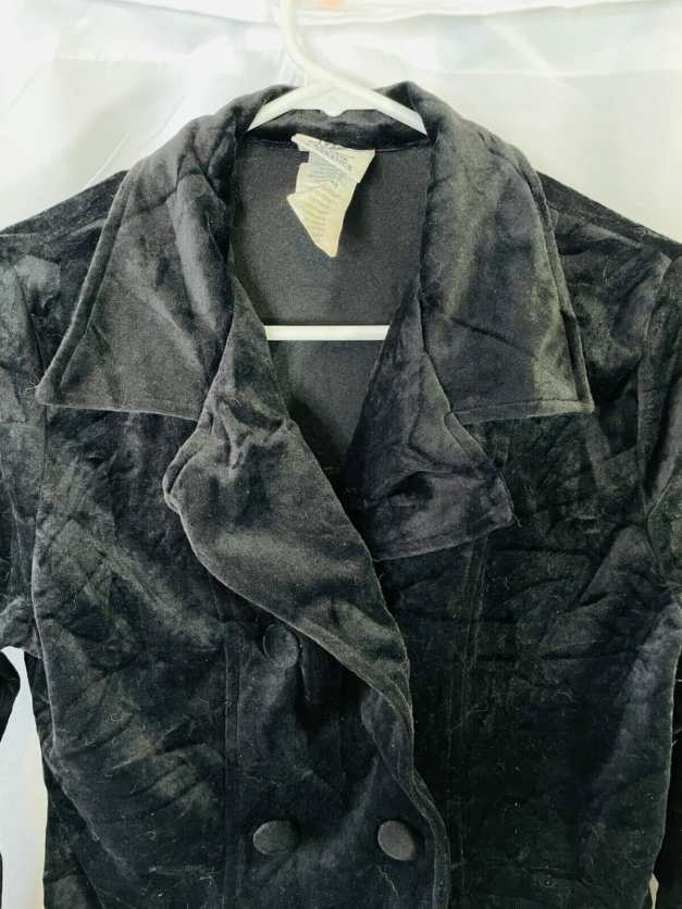 medium black velvet jacket