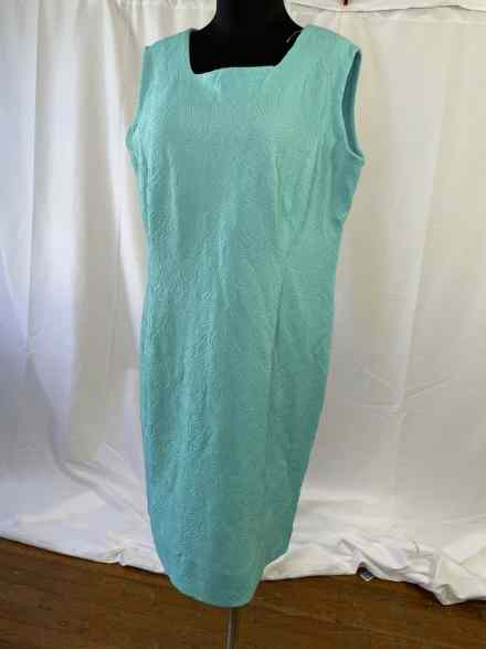 XL Classic vintage summer sheath dress