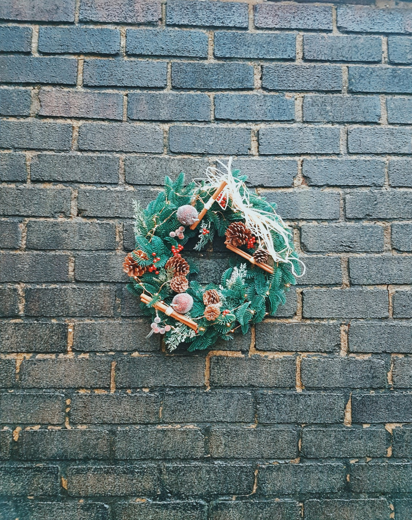 DIY: Easy Christmas Wreath