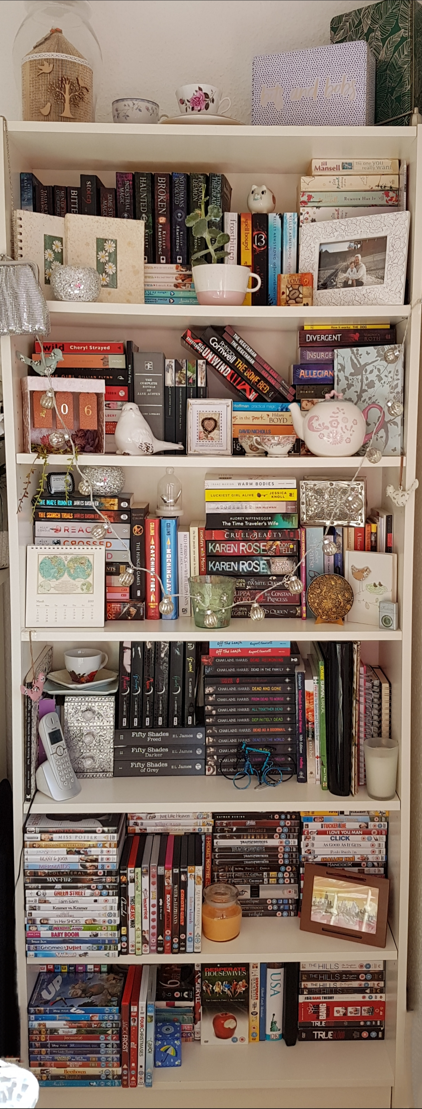 How To Style Your Bookcase