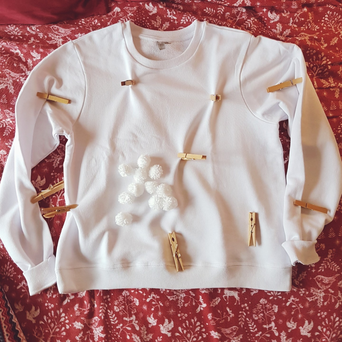 DIY Christmas Pom Pom Jumper