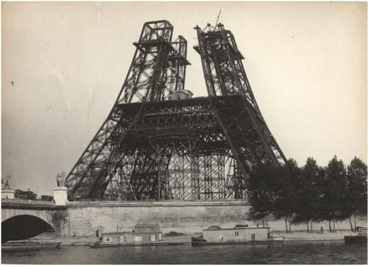 08The Eiffel Tower Construction