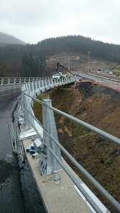 Valla de seguridad con petril para puentes