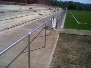 barandilla campo de futbol