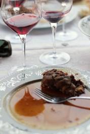 cina cu vita si Pinot Noir