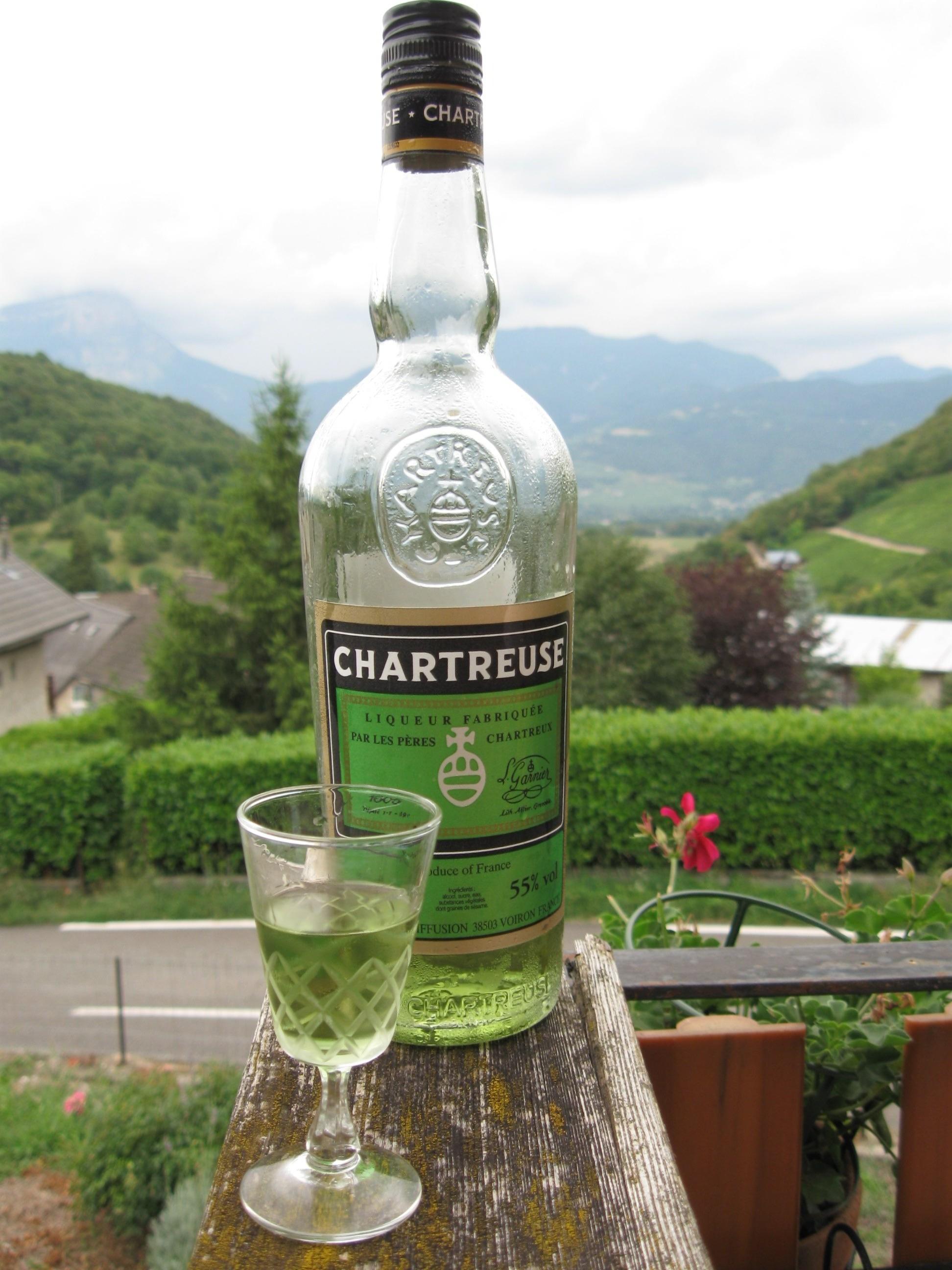 CHARTREUSE SUR FOND DE CHARTREUSE