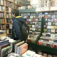 Auch eine Menge CDs erwarten den Kunden