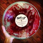 Mit Blut gefüllte Vinyl zu Friday the 13th