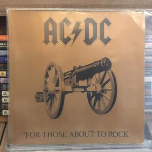 AC DC - FOR THOSE ABOUT TO ROCK LP