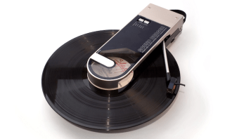 Sound Burger AT727 portable record player made by Audio-Technica (1980s)