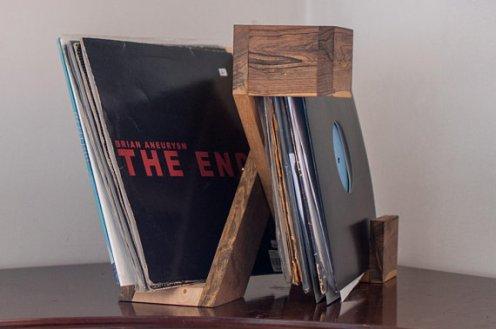 Double Vinyl Holder