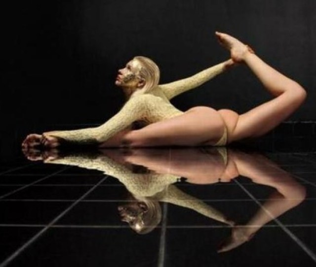 Zlata Russian Contortionist The Goddess Of Flexibility