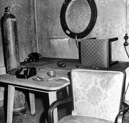 Inside Hitler And Eva Brauns Bunker Beauty Will Save