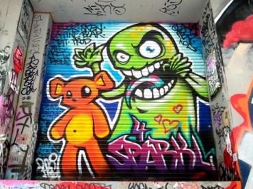 Graffiti-Artwork-at-Union-Lane-520x390