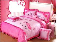 Hello-Kitty-Bedroom-Decorating