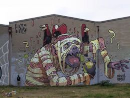 weird-graffiti-art-12