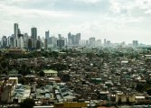 Poverty-Manila-shantytown-credit-Chris-Rusanowsky-e1371761430315