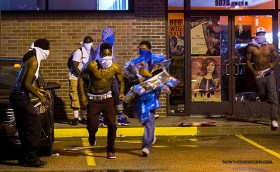 ferguson-protesters-looting-tourism-stealing-smashing-windows-no-peace-justice-mayhem