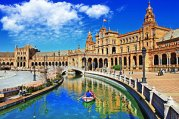 spain-seville-plaza-de-espana-and-row-boat