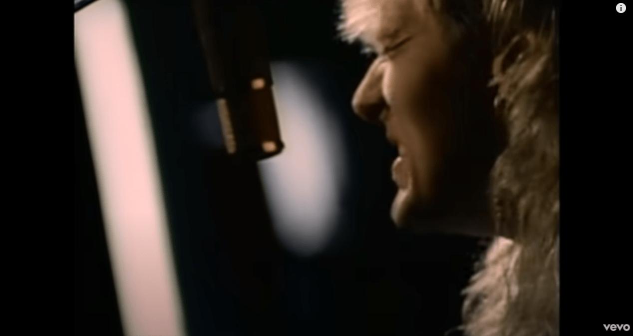 Def Leppard – Love Bites