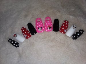 Medium Mickey and Minnie Mouse Heart Cutout Press On Nails – Shop Violablu