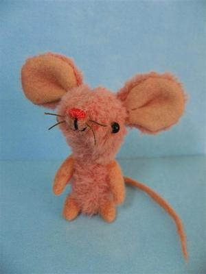 Pink_mouse_and_tiny_ted_001_large