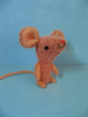 Pink_mouse_and_tiny_ted_011_large