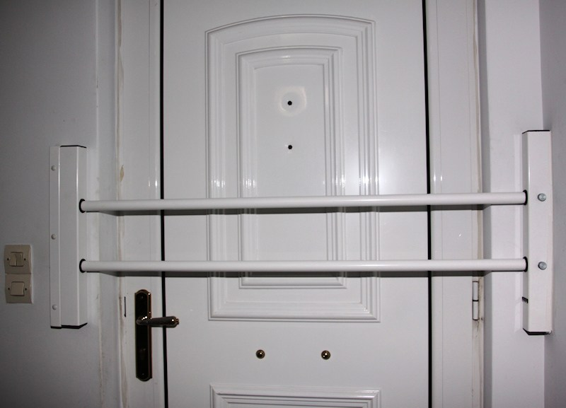 Main entrance safety bars Type-60-2