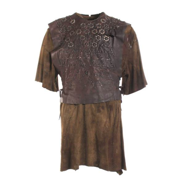 https://vipfanauctions.com/shop/vikings/wardrobe/vikings-ragnar-travis-fimmel-screen-worn-armor-tunic-ep-106/