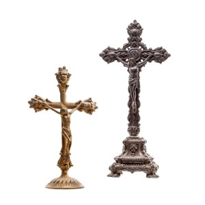 Lot #13 – Vikings Production Used Christ Cross Set