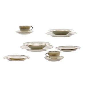 Lot #22 – Respect Franklin Family Screen Used China Set Sc 21
