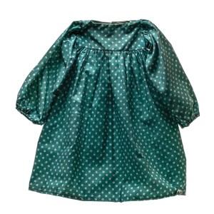 Lot #83 – Respect Mama Franklin Kimberly Scott Production Used Garment & Handkerchief Set