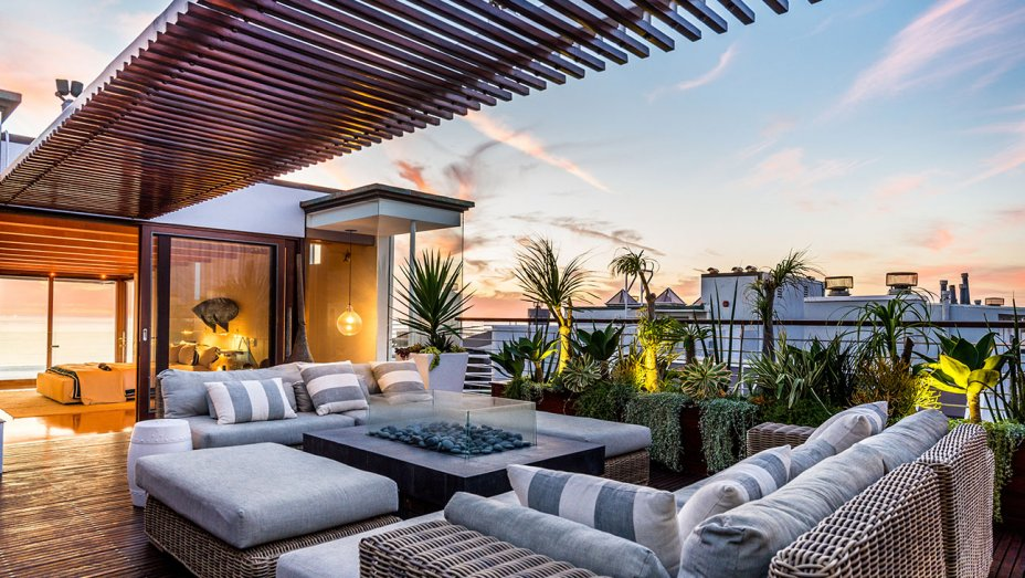 Screenwriter Allan Loeb Lists Three-Level Beachfront Penthouse