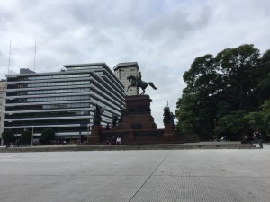 VIP TOURS BA - EXPERIENCES IN BUENOS AIRES - SAN MARTIN SQUARE