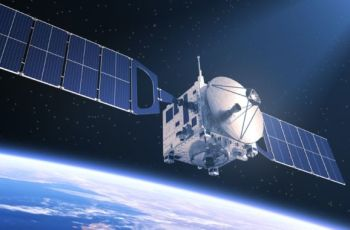 DirecTV races to decommission broken Boeing satellite before it explodes