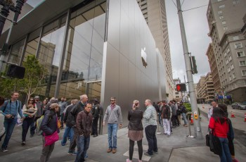 Apple plans to reopen U.S. stores in April, following Trump guidance