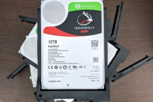 Understanding RAID: How performance scales from one disk to eight