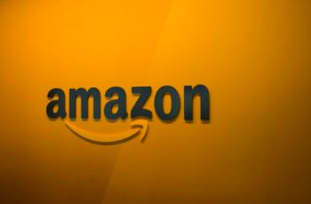 """""""Chickens**t"""" whistleblower firings are """"poison,"""" resigning Amazon VP says"""