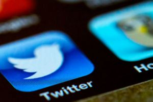 "Twitter hackers used ""phone spear phishing"" in mass account takeover"