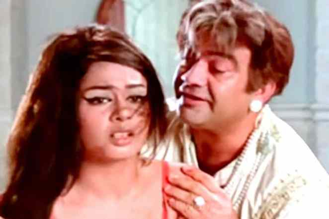 7 times when B-town actors lost control while shooting Intimate scenes