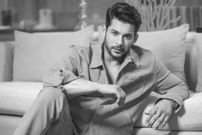Sidharth Shukla Drops Drool-Worthy Pictures 'For the love of fans'